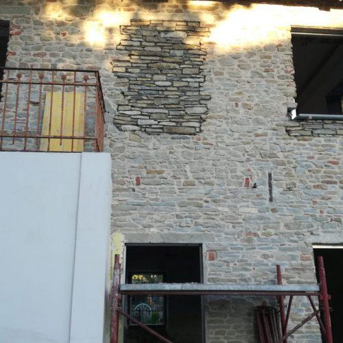 Studio Anna Cane | Durante i lavori | Casa in Val Gaia a Rodello - 2