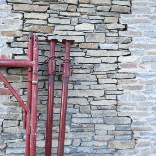 Studio Anna Cane | Durante i lavori | Casa in Val Gaia a Rodello - 3