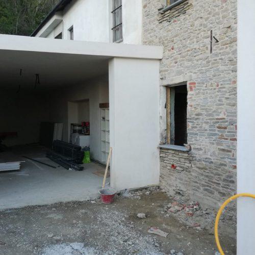 Studio Anna Cane | Durante i lavori | Casa in Val Gaia a Rodello - 4