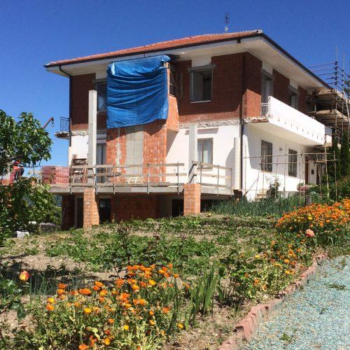 Studio Anna Cane | Durante i lavori | Casa in zona residenziale a Roddino - 1