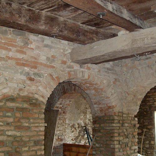 Studio Anna Cane   Durante i lavori   Porzione di casa storica a Monforte - 11