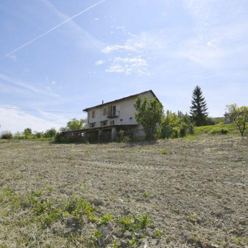 Studio Anna Cane | Prima dei lavori | Casa in zona agricola a Roddino - 2